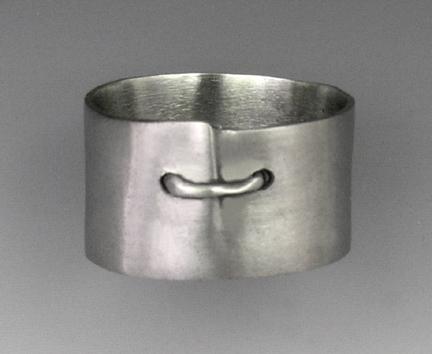 Stitch ring