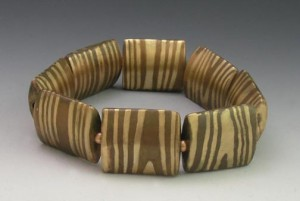 Woodgrain bracelet